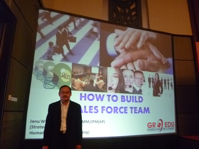 HOW TO BUILD SALES FORCE TEAM